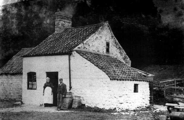 Dennisons_Cottage_1890s.jpg